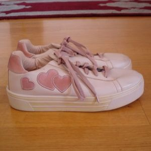 TOPSHOP (Size 8.5) Candy Heart Platform Sneakers
